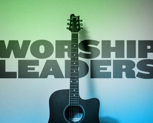 8 Traits I See in Good Worship Leaders