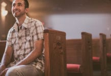 7 Ways to Support Your Pastor on Sundays