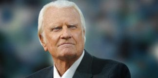 15 Billy Graham Quotes About Hope
