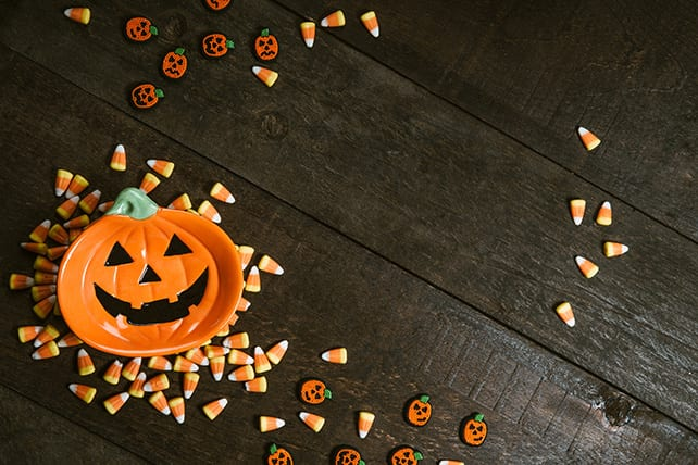 For Christians and Halloween, the time of year has come when you decide whether or not you will participate in the 'Trick or Treat' of Halloween. Should you?