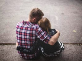 Holding on to Hope: 12 Truths for Parents Whose Kids Wander Away From Faith