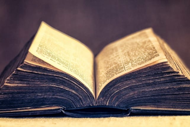 3 Myths of Expository Preaching