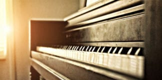 How to Develop Authority as a Worship Leader
