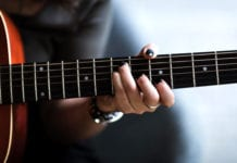 Essentials for Mixing Acoustic Guitars