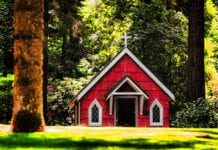 Small Churches Are the Next Big Thing -- With One Condition