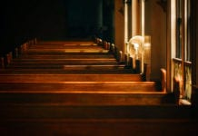 12 Reasons People Stay In a Struggling Church