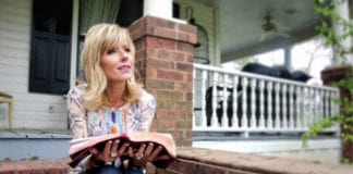 3 Leadership Lessons I've Learned From Beth Moore by Travis Cottrell