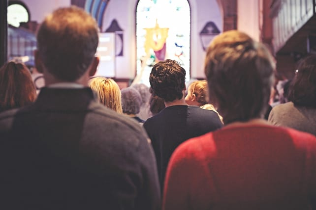 13 Reasons Why Your Church Isn't Engaging In Worship