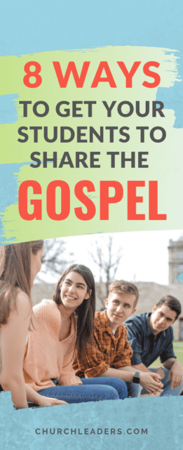 students share the gospel