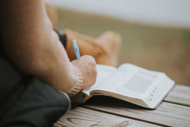 100 Tips for Leaders That Everyone in Ministry Should Know