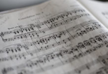 How to Choose Worship Songs: 25 Ways to Pick Good Songs for Your Church