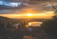 7 Suggestions for Pastors and Spouses to Find True Friends