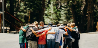 7 Compelling Reasons Not to Quit Youth Ministry