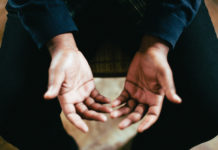 Pastor: What to Pray When Your Ministry is on the Line