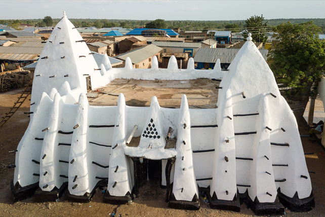 3 Things Christians Can Learn From West Africa's Historic Mud Mosques