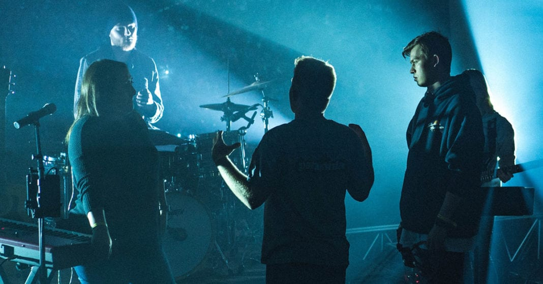 Worship Leaders: How To Talk To Your Sound Tech