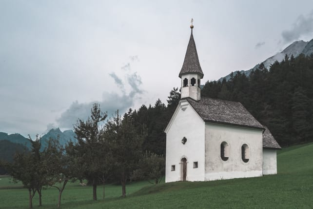 How to Launch Small Groups in Small Churches