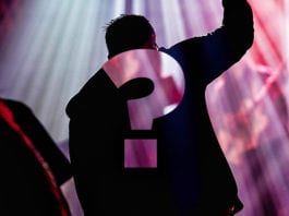 35 Questions First Time Worship Guests Are Probably Asking