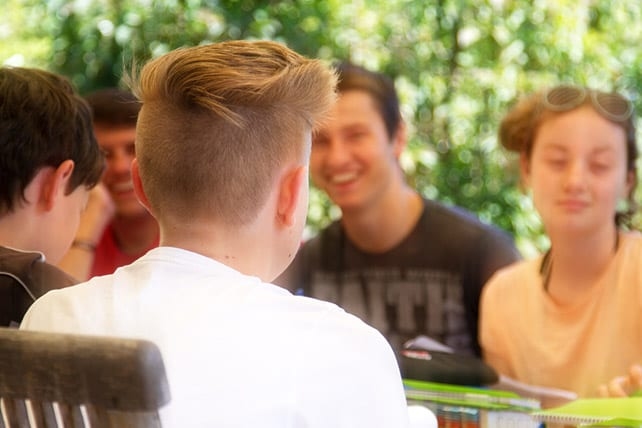 10 Ways to Identify and Develop Missionaries from Your Student Ministry