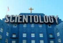 what do scientologists believe