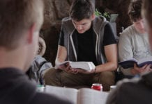 4 Things You Should Ask Before You Accept That Youth Ministry Position