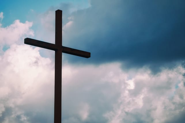 17 Powerful Good Friday Quotes That'll Get You Ready for Easter
