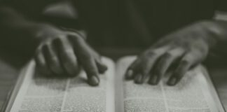 struggle to read the Bible